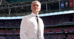 jose-mourinho-manchester-united-community-shield_3759753