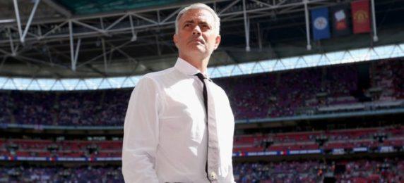 jose-mourinho-manchester-united-community-shield_3759753
