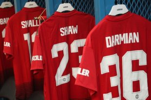 PASADENA, CA - JULY 25:  Manchester United's kit is laid out ahead of the pre-season friendly match between Manchester United and AC Milan at Rose Bowl on July 25, 2018 in Pasadena, California.  (Photo by John Peters/Man Utd via Getty Images)